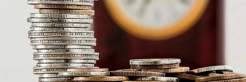 Geldmünzen Stapel - Derivate Handeln