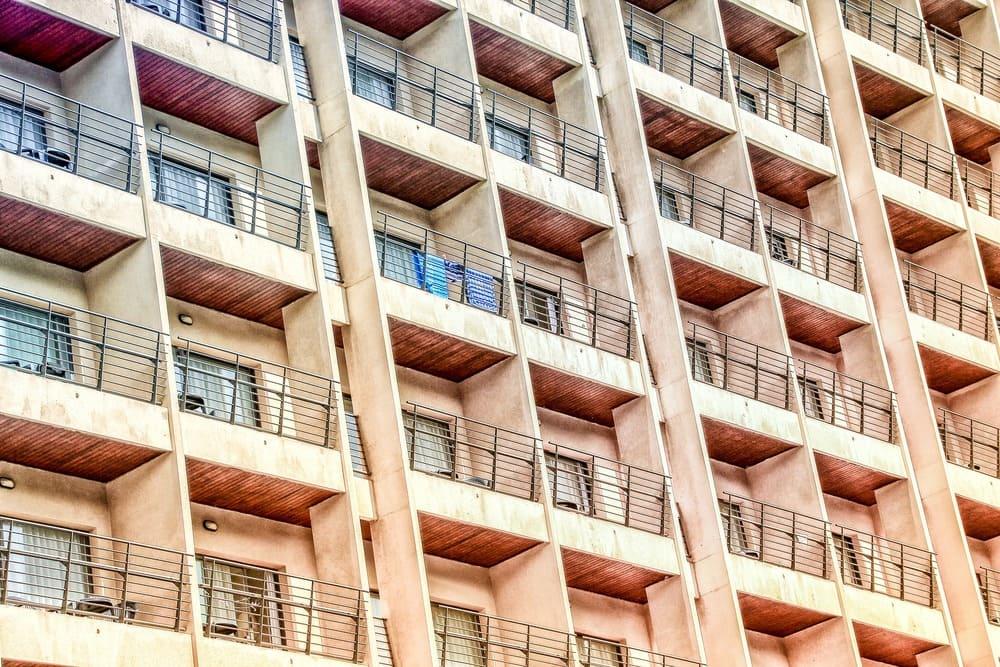 Hausfront Immobilie - 10.000 Euro Anlegen